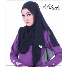 Zuhraa Black